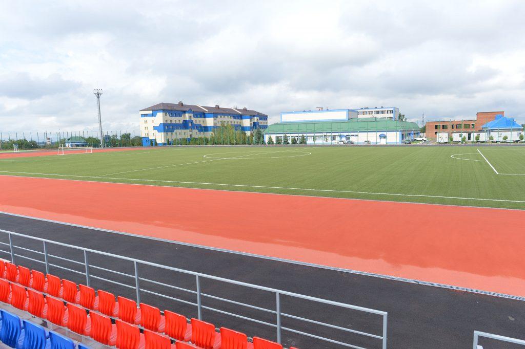 искусственный газон для спортивных площадок, футбольных полей