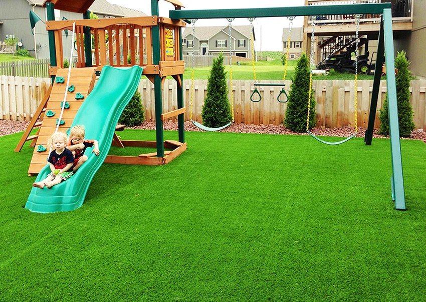 Искусственная трава для детских площадок. Что важно знать