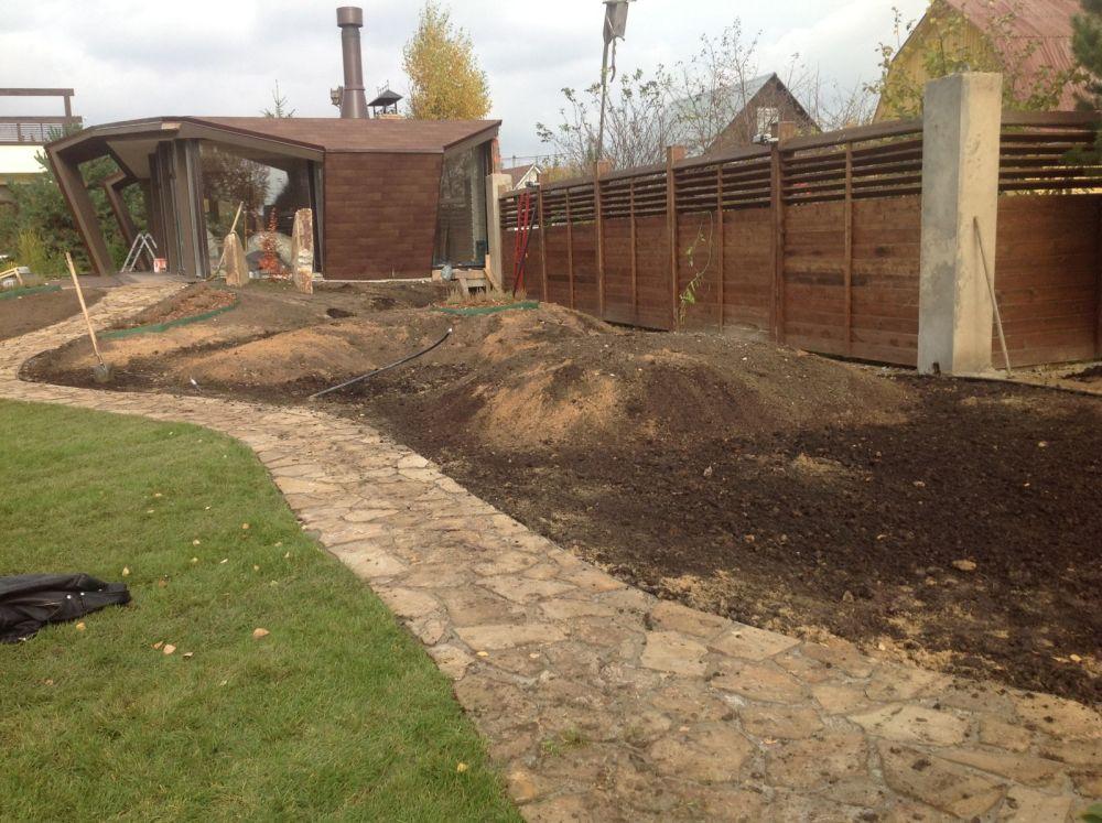 Подготовка почвы для укладки рулонного газона
